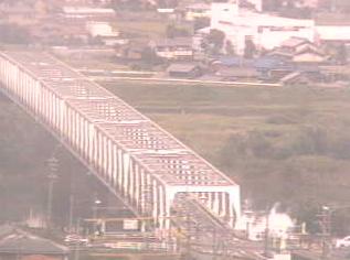 南濃中学校から揖斐川・海津橋