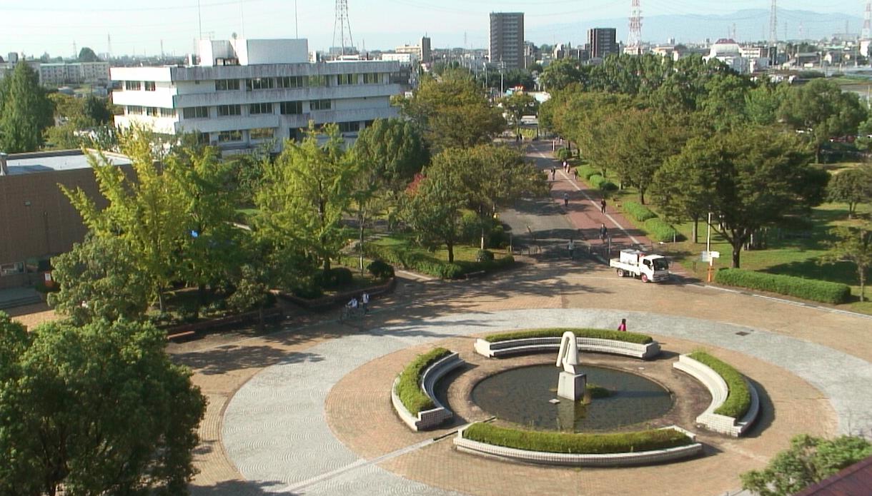 岐阜大学図書館屋上