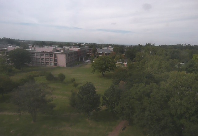 帯広畜産大学総合研究棟Ⅲ号館6階から総合研究棟Ⅰ号館前