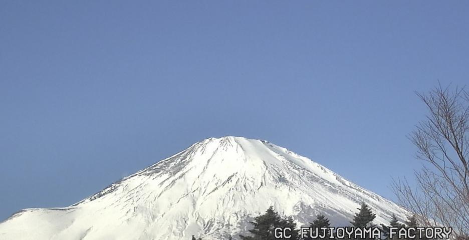 ジーシー富士小山工場から富士山