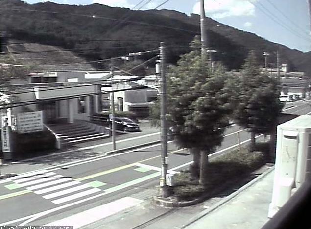 西粟倉村役場から国道373号が見えるライブカメラ。