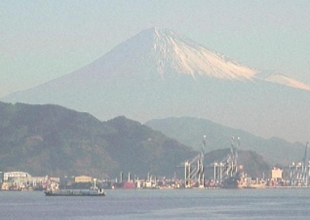 清水マリンターミナル屋上から富士山
