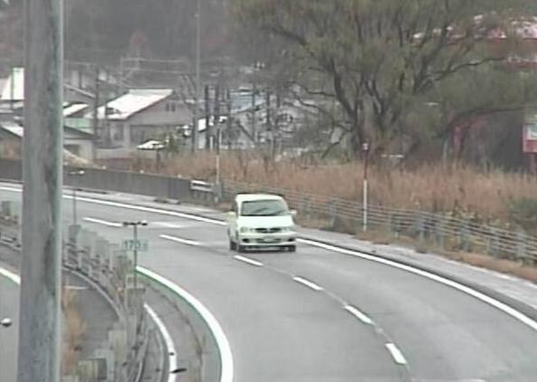 湯沢橋から関越自動車道(関越道)