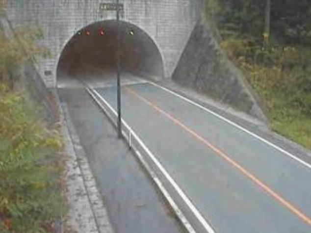 奥黒川トンネルから国道442号