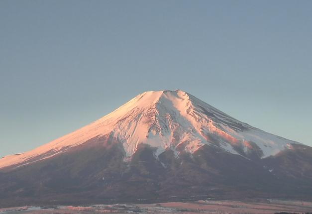 忍野村役場保健福祉センターから富士山