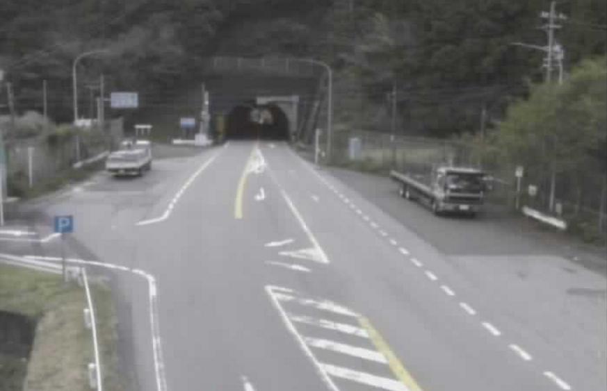 国道42号荷坂トンネル坑口松阪側ライブカメラ(三重県大紀町大内山)