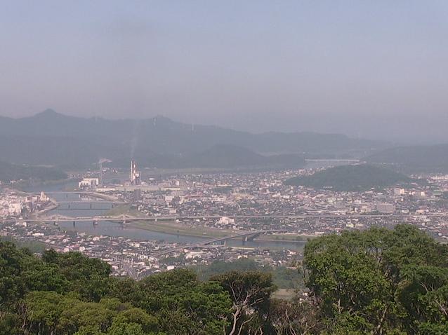 寺山公園から薩摩川内市内が見えるライブカメラ。