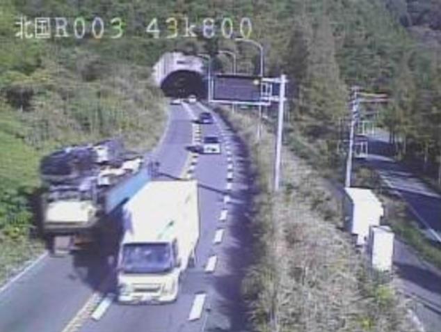 国道3号城山トンネルライブカメラ(福岡県岡垣町)