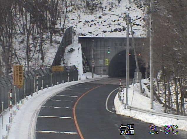 みちのく有料道路東天間トンネル七戸側