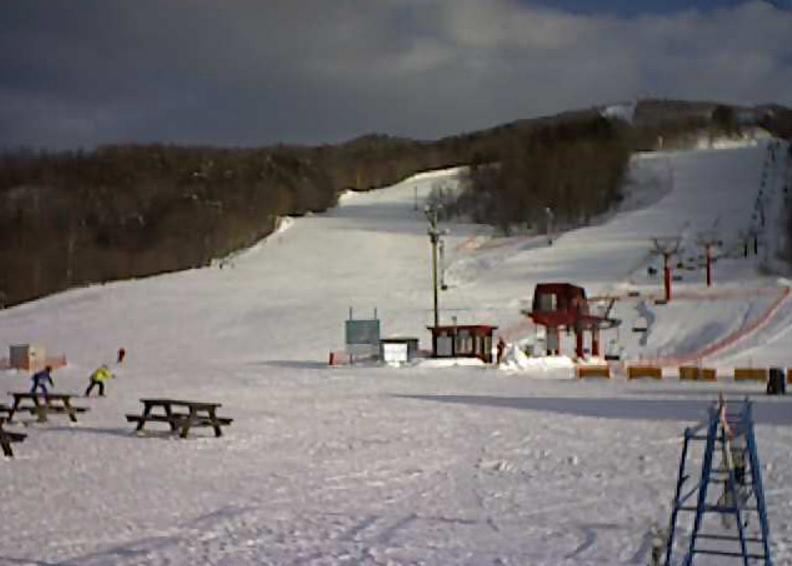 日高国際スキー場ライブカメラ(北海道日高町富岡)