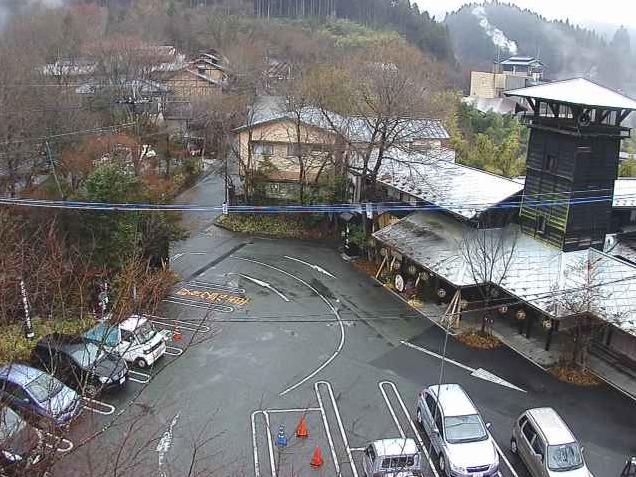 黒川温泉さくら通りライブカメラ(熊本県南小国町満願寺)