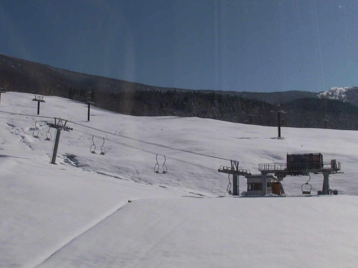 たざわ湖スキー場ゲレンデライブカメラ(秋田県仙北市田沢湖)