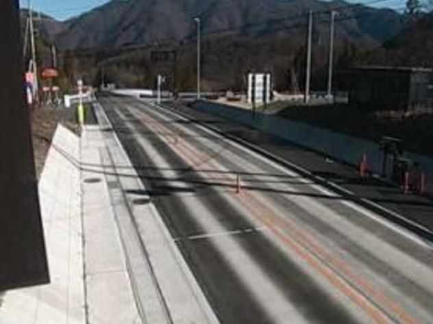国道120号椎坂利根トンネル片品側ライブカメラは、群馬県沼田市利根町の椎坂利根トンネル片品側に設置された国道120号(椎坂バイパス)が見えるライブカメラです。