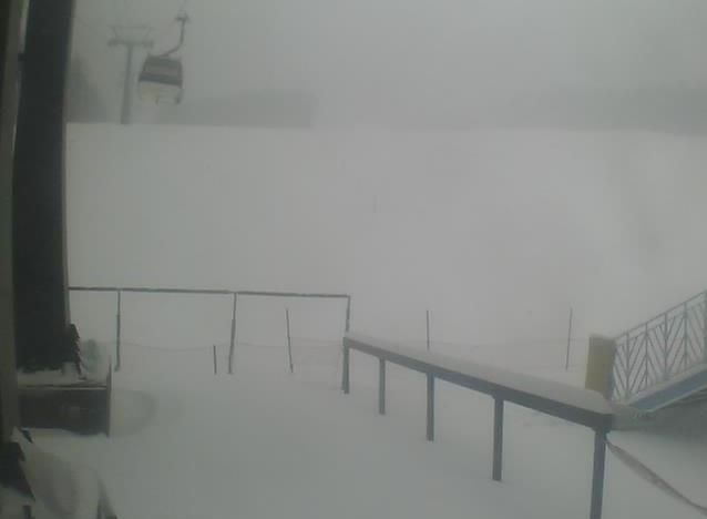 マウントジーンズ那須からスキー場ゲレンデ