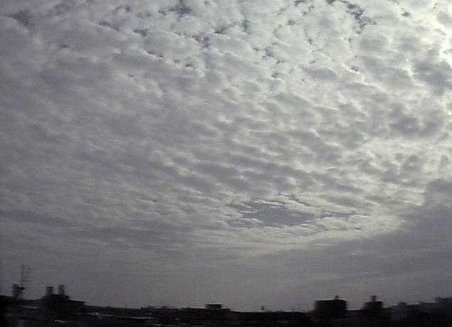岐阜地方気象台南方面上空