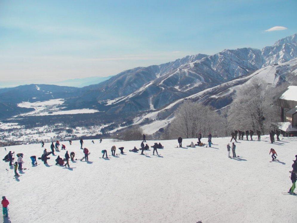 白馬岩岳スノーフィールドライブカメラ(長野県白馬村北城)