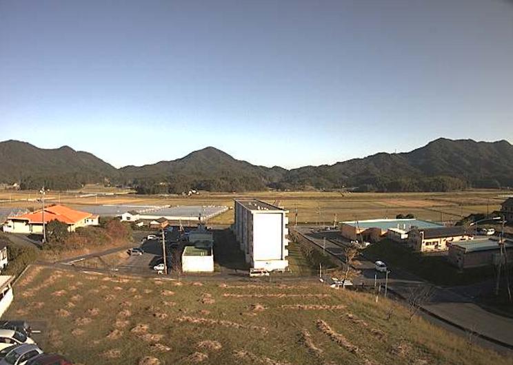 天草市立新和病院新和地区ライブカメラは、熊本県天草市新和町の天草市立新和病院に設置された新和地区が見えるライブカメラです。