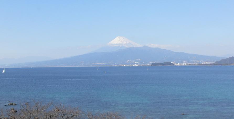 月光天文台から駿河湾・富士山
