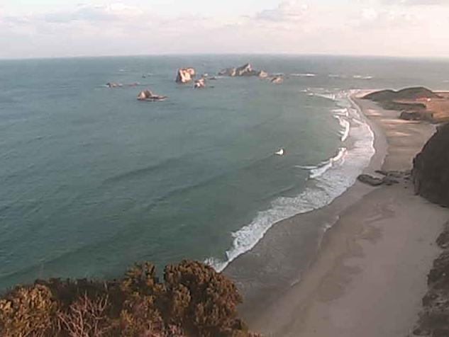 種子島灯台から太平洋・竹崎海岸・カセ島
