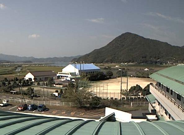 天草市立河浦病院河浦総合運動場付近ライブカメラは、熊本県天草市河浦町の天草市立河浦病院に設置された河浦総合運動場付近が見えるライブカメラです。