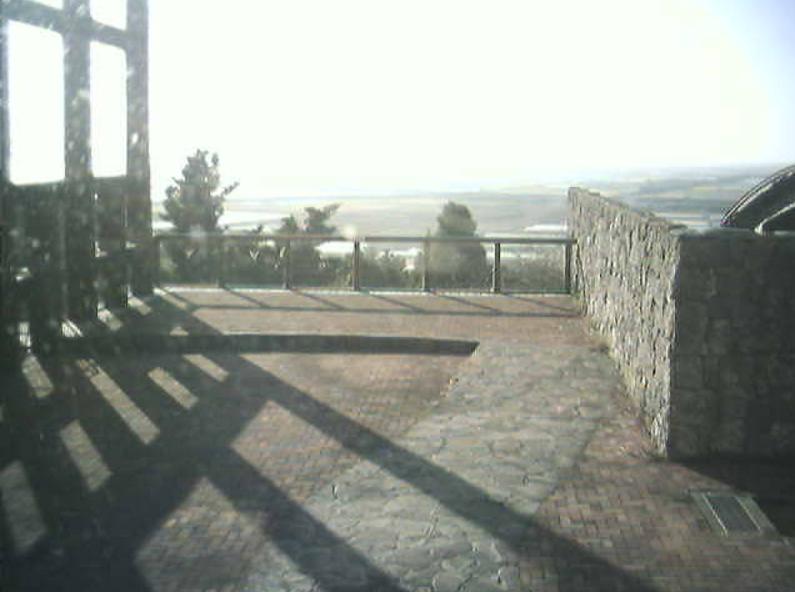草枕温泉てんすいイベントデッキライブカメラは、熊本県玉名市天水町の草枕温泉てんすいに設置された雲仙普賢岳・有明海が見えるライブカメラです。