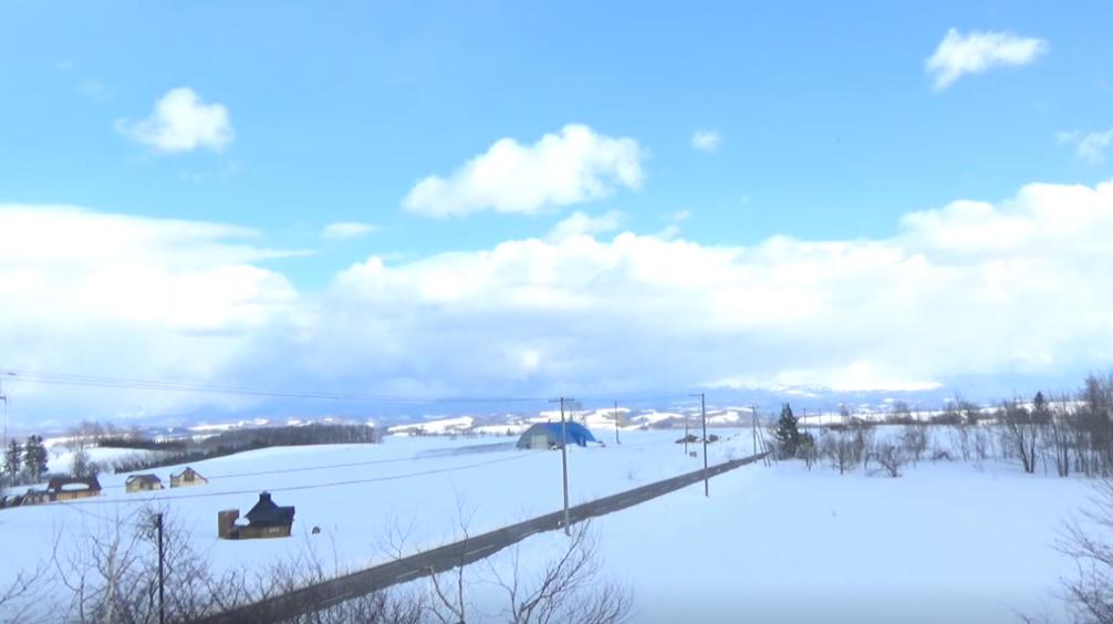 美瑛ポテトの丘から大雪山・十勝岳連峰