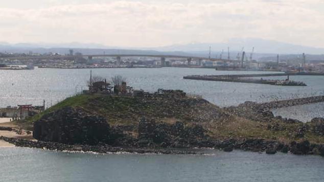 八戸港から蕪島・恵比須浜漁港