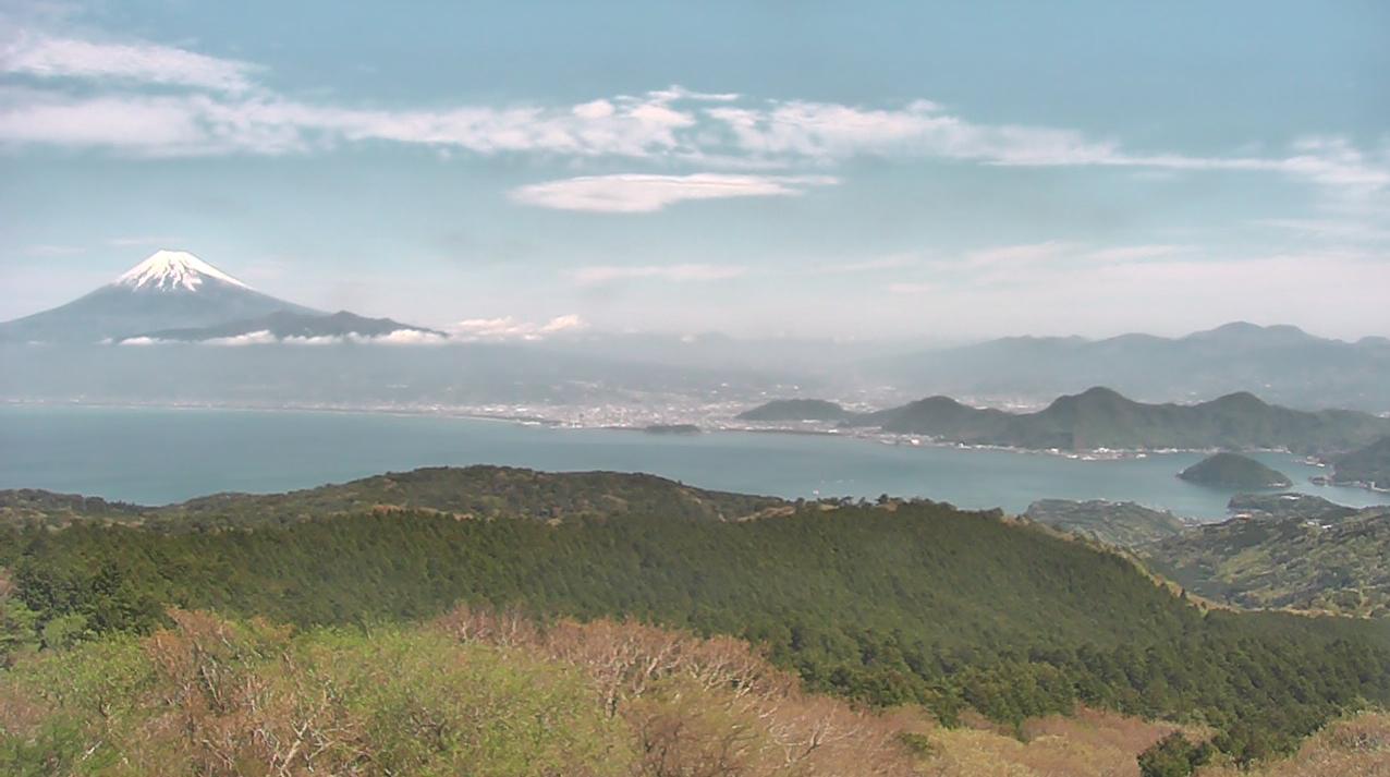 だるま山高原レストハウスからだるま山(達磨山)