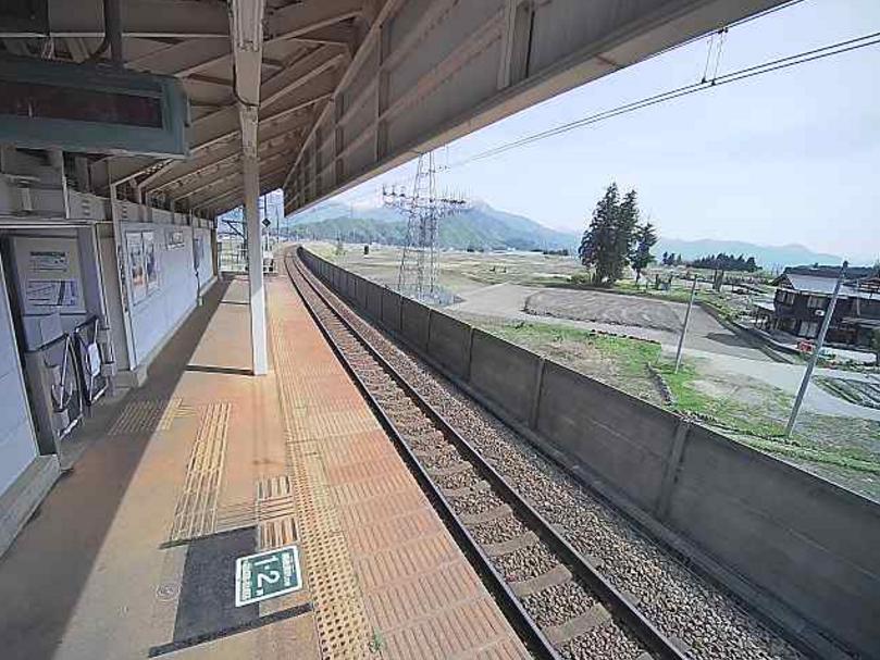 北越急行魚沼丘陵駅からほくほく線のりば・駅ホーム