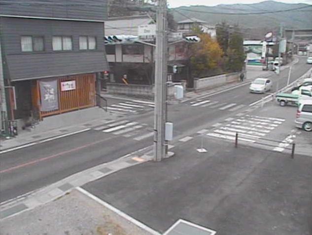 辰野町役場小野支所から国道153号(三州街道)・小野駅前