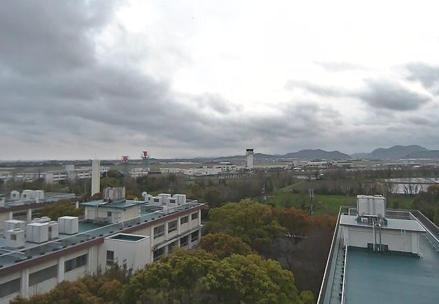高知工業高等専門学校電気情報工学科棟屋上タワーから高知上空・高知龍馬空港