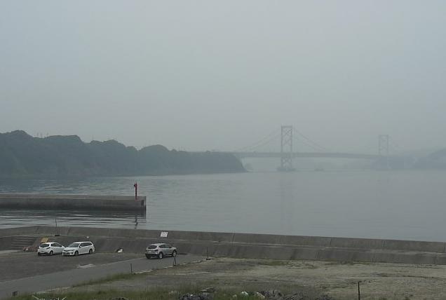 伊毘から鳴門海峡・神戸淡路鳴門自動車道が見えるライブカメラ。