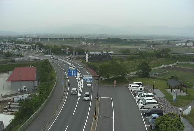 オニオンタワーから兵庫県道31号福良江井岩屋線・神戸淡路鳴門自動車道が見えるライブカメラ。
