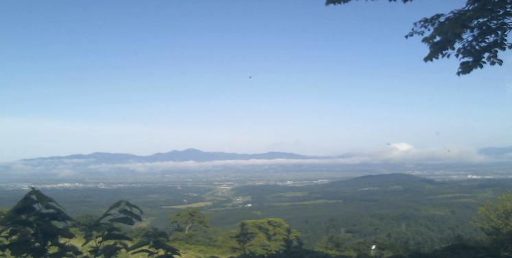かもい岳山頂から歌志内市街が見えるライブカメラ。