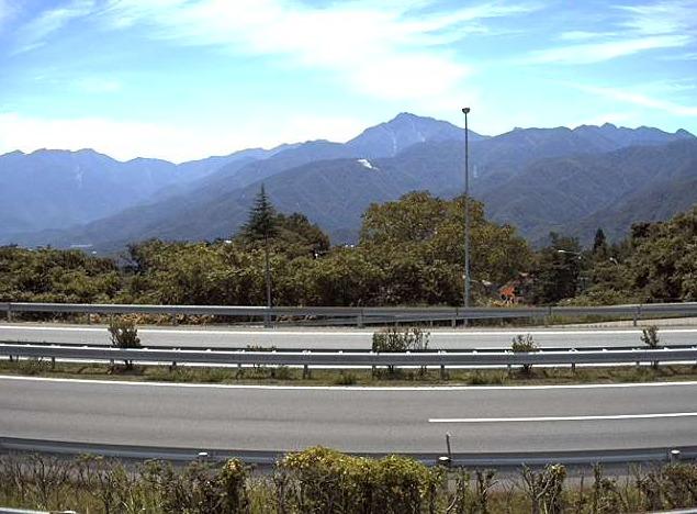 中央自動車道小淵沢バスストップライブカメラ(山梨県北杜市小淵沢町)