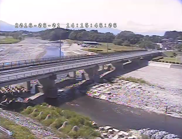 岩井橋付近から箒川・岩井橋・栃木県道48号大田原氏家線(旧陸羽街道)が見えるライブカメラ。