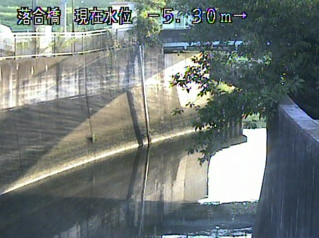 白子川落合橋ライブカメラは、東京都板橋区三園の落合橋に設置された白子川が見えるライブカメラです。