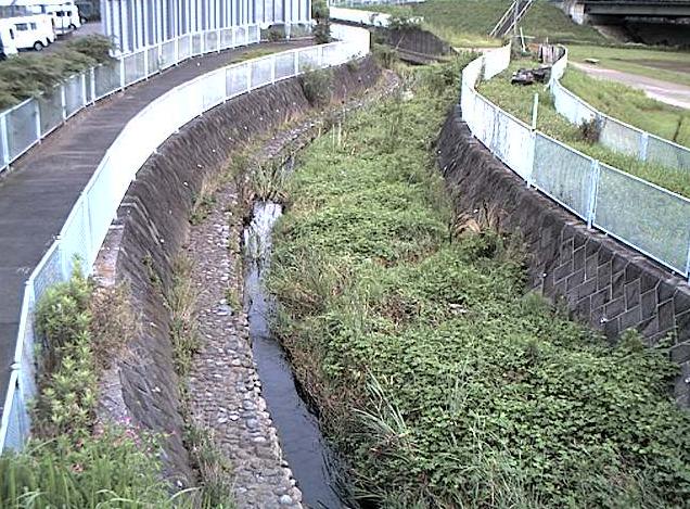 名瀬川栄橋ライブカメラは、神奈川県横浜市戸塚区の栄橋に設置された名瀬川が見えるライブカメラです。