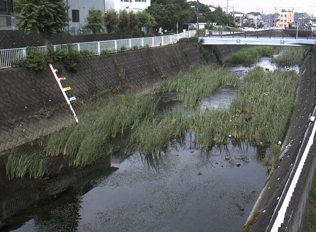 平戸永谷川外郷橋ライブカメラは、神奈川県横浜市戸塚区の外郷橋に設置された平戸永谷川が見えるライブカメラです。