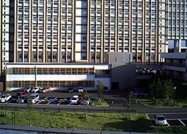 九州大学伊都新キャンパス建設風景第3ライブカメラは、福岡県福岡市西区の九州大学エネルギーセンター屋上に設置された伊都新キャンパス建設風景が見えるライブカメラです。