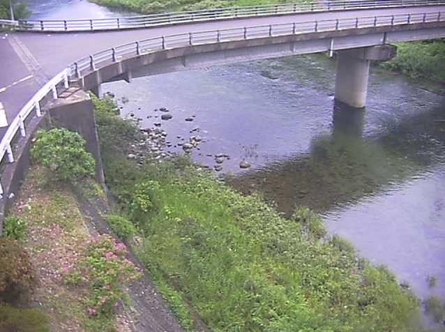 匹見川匹見澄川橋ライブカメラは、島根県益田市匹見町の匹見澄川橋に設置された匹見川が見えるライブカメラです。