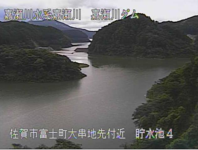 嘉瀬川嘉瀬川ダム上流第4ライブカメラは、佐賀県佐賀市富士町の嘉瀬川ダム上流に設置された貯水池が見えるライブカメラです。