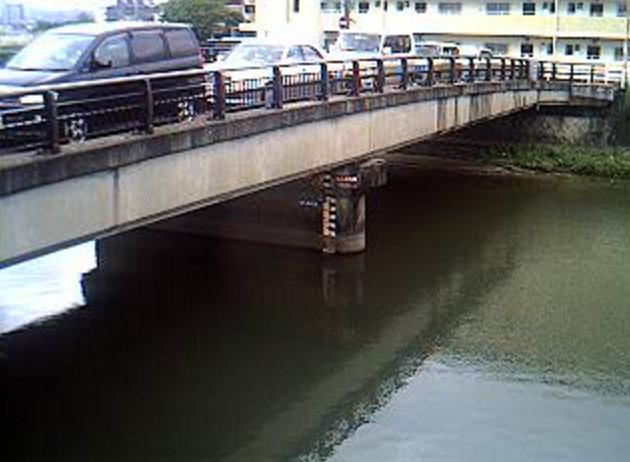 須恵川津屋本町橋ライブカメラは、福岡県福岡市東区の津屋本町橋に設置された須恵川が見えるライブカメラです。