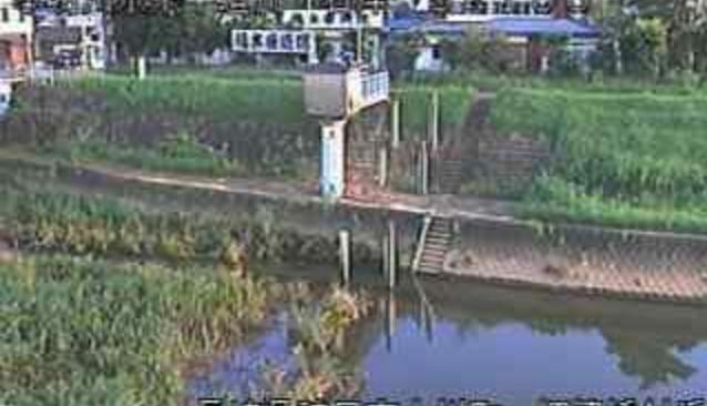 半造川埋津水位観測所ライブカメラは、長崎県諫早市船越町の埋津水位観測所に設置された半造川が見えるライブカメラです。