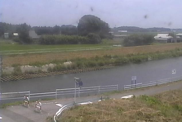 田川谷地賀橋ライブカメラは、栃木県下野市谷地賀の谷地賀橋に設置された田川が見えるライブカメラです。
