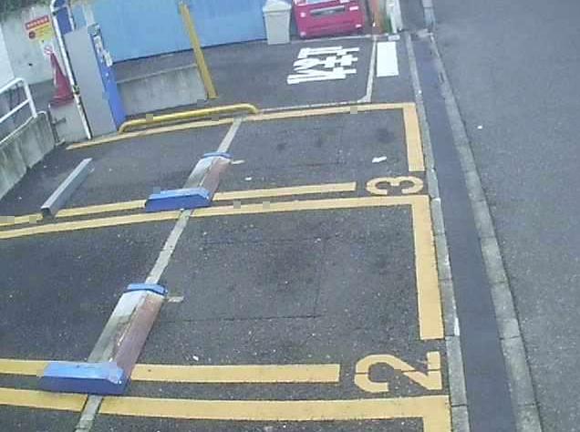 NTTルパルク上大崎駐車場ライブカメラは、東京都品川区上大崎のNTTルパルク上大崎駐車場に設置されたコインパーキングが見えるライブカメラです。