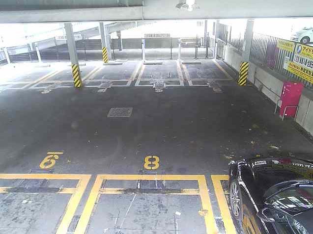 NTTルパルク代官山第1駐車場3ライブカメラは、東京都渋谷区猿楽町のNTTルパルク代官山第1駐車場に設置されたコインパーキングが見えるライブカメラです。