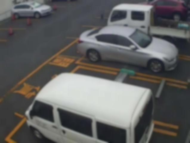 NTTルパルク別所第2駐車場ライブカメラは、神奈川県横浜市南区のNTTルパルク別所第2駐車場に設置されたコインパーキングが見えるライブカメラです。