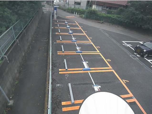 NTTルパルク中野島第1駐車場ライブカメラは、神奈川県川崎市多摩区のNTTルパルク中野島第1駐車場に設置されたコインパーキングが見えるライブカメラです。