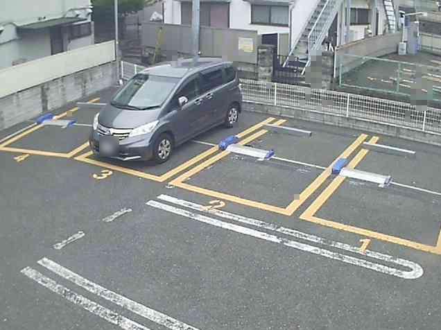 NTTルパルク上大岡第4駐車場ライブカメラは、神奈川県横浜市港南区のNTTルパルク上大岡第4駐車場に設置されたコインパーキングが見えるライブカメラです。
